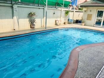 Picture of Hi Point Hotel & Suites in Lagos