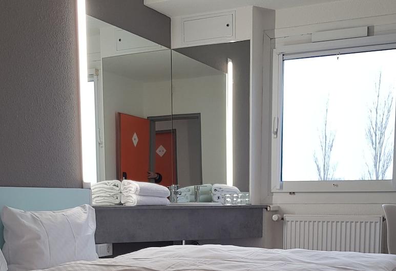Motel 24h Berlin, Ludwigsfelde, Economy-Zweibettzimmer, Gemeinschaftsbad, Zimmer