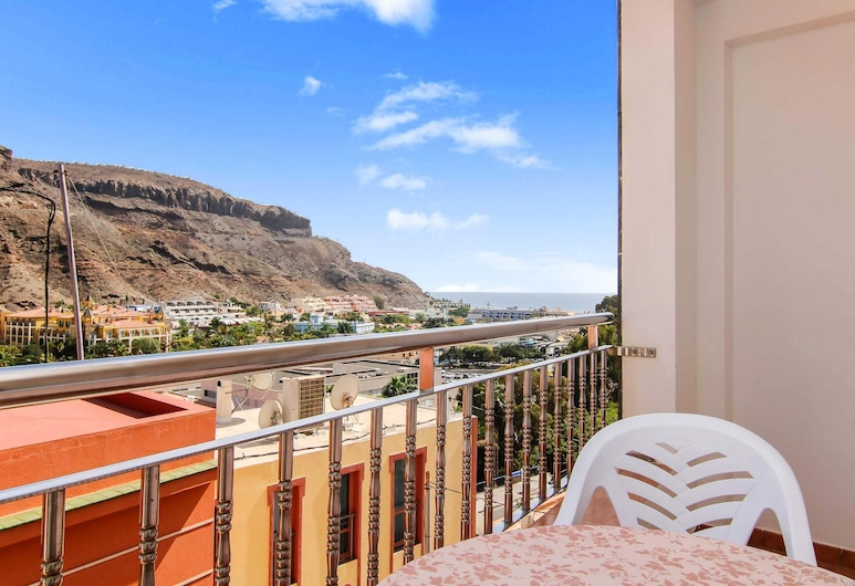 Apartment With 2 Bedrooms in Lomo Quiebre, With Wonderful sea View, Furnished Terrace and Wifi - 500 m From the Beach, Mogan, Balkon
