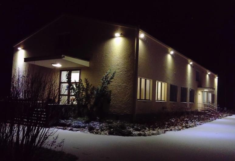 Immalanjärvi, Imatra, Hotel Front – Evening/Night