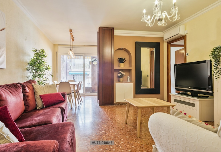 Alcam Barbera Centro, Barbera del Valles, Basic Apartment, 4 Bedrooms, Terrace, Living Room