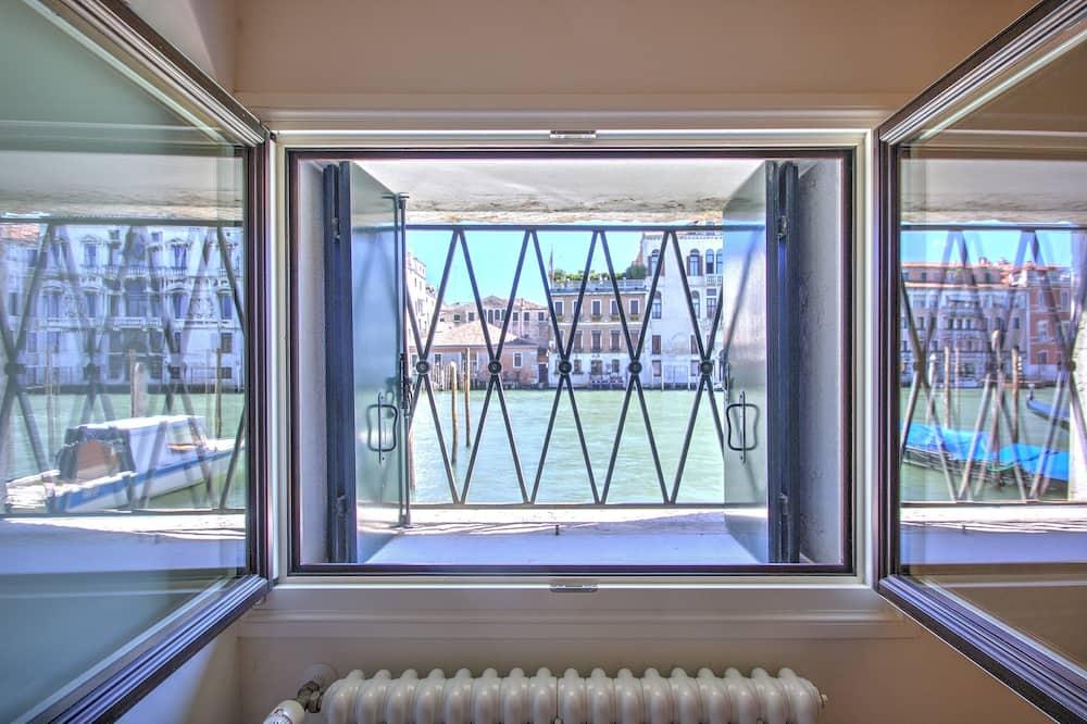 Lejlighed - 1 soveværelse - udsigt til kanal - stueetage - Udsigt fra værelse