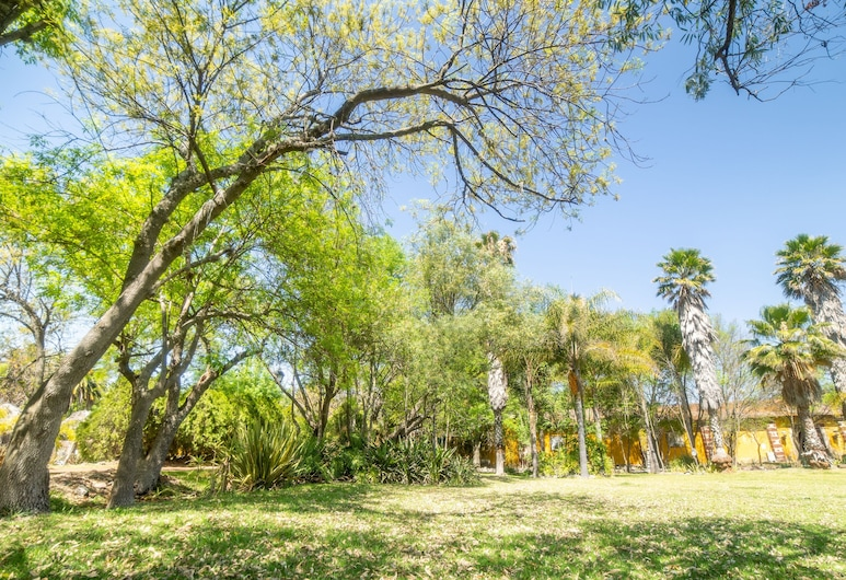 Capital O Hacienda Tzintzimeo, Morelia, BBQ/Picnic Area