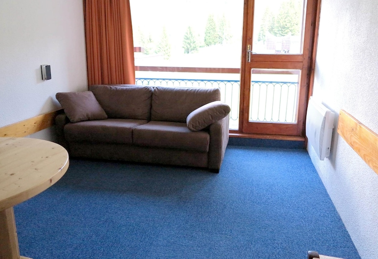 Studio in Bourg-saint-maurice, With Wonderful Mountain View, Balcony and Wifi - 50 m From the Slopes, Bourg-Saint-Maurice, סלון