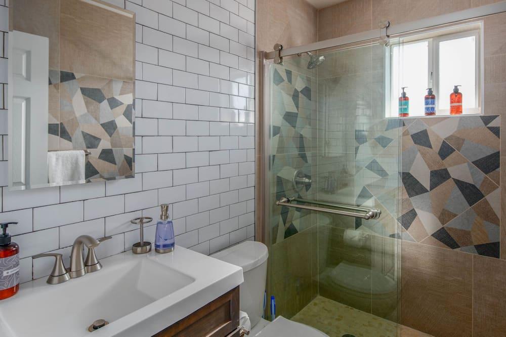 ดีไซน์ทาวน์โฮม, 2 ห้องนอน - ห้องน้ำ