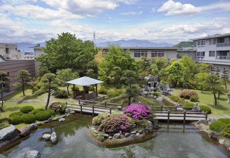 Kanponoyado Isawa, Fuefuki, Garden