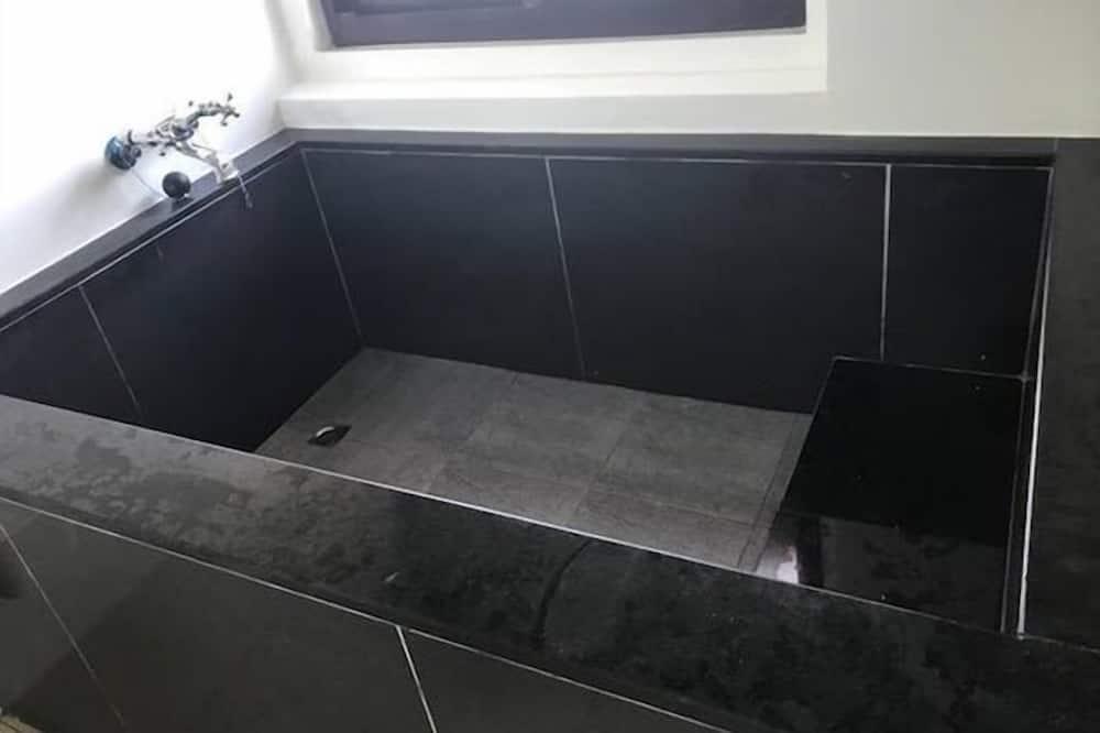 エコノミー スタジオ 1 ベッドルーム - バスルーム