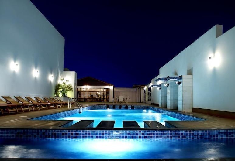 Ista Suites Seef, Manama