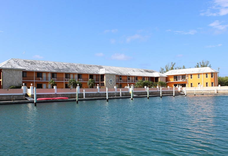 Running Mon Resort by KEES Vacations, Freeport, Water view