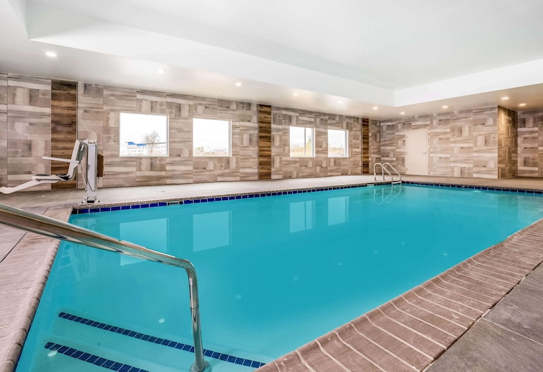 La Quinta Inn & Suites by Wyndham Katy, Katy, Svømmebasseng