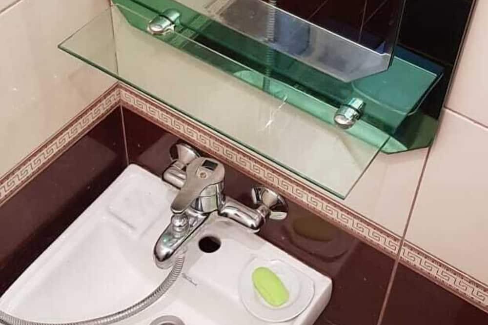 ห้องพักรวมสำหรับครอบครัว - ห้องน้ำ