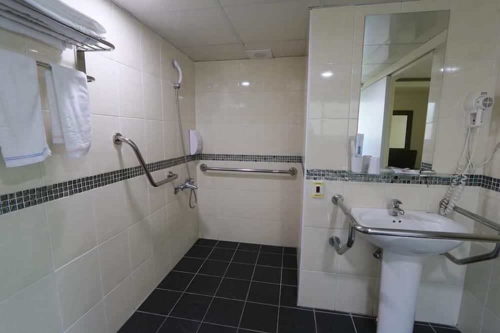 家庭客房 (5PAX) - 浴室