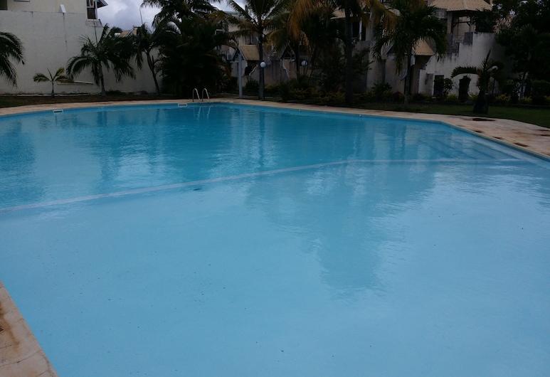 達克茲 3 房公寓酒店, 特魯奧克斯, 室外泳池