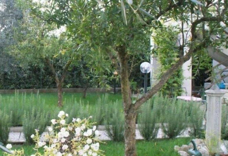 Bed & Breakfast Degli Ulivi, Fiano Romano, Κήπος