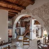 Traditional Villa, Multiple Bedrooms, Private Pool - Living Area