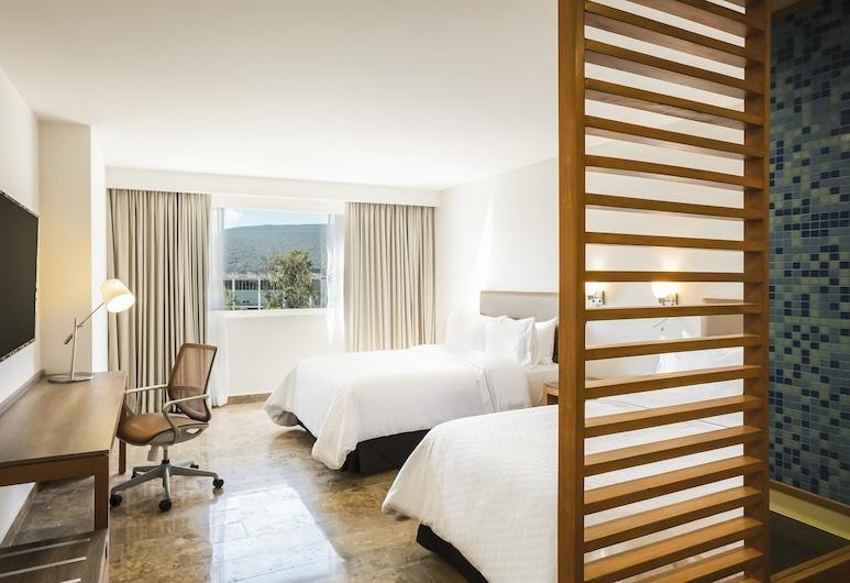 Fiesta Inn Guadalajara Poniente, Zapopan, Superior Room, 2 Double Beds, Guest Room