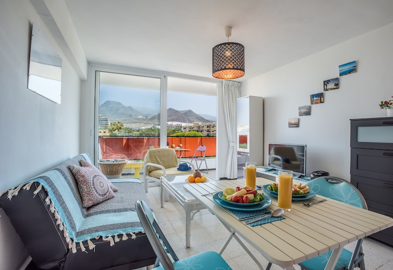 41. Los Cristianos Apartment, First sea line, Parking, Wifi, Arona