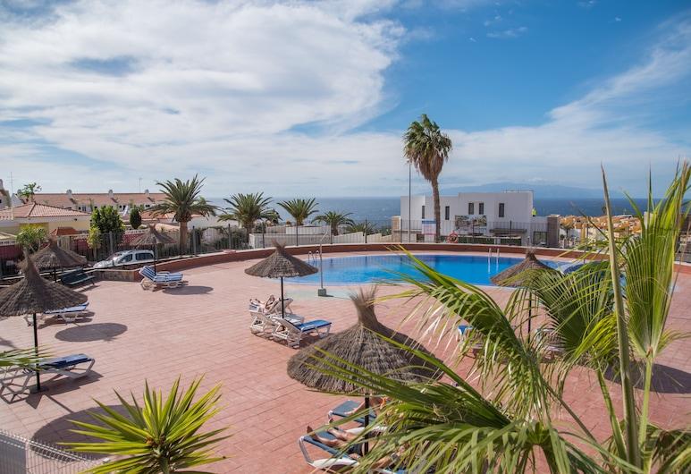 C104A. Brand New Apartment, Big Terrace, Pool!, Adeje