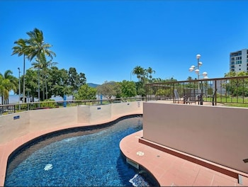 Picture of Cairns Ocean View Apartment in Aquarius in Cairns