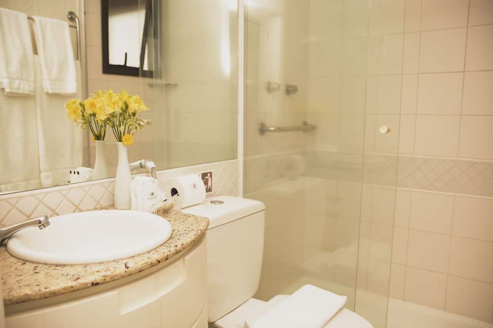 Duplex standard (com escadas) - Banheiro