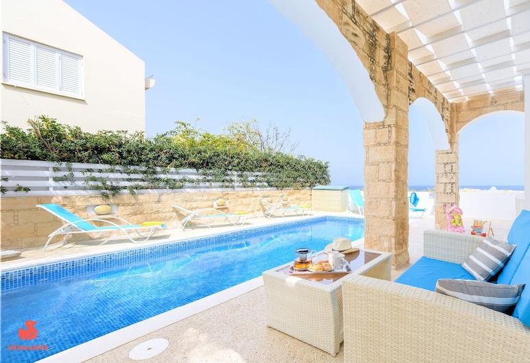 瑪麗亞別墅飯店, 帕拉林尼, 游泳池