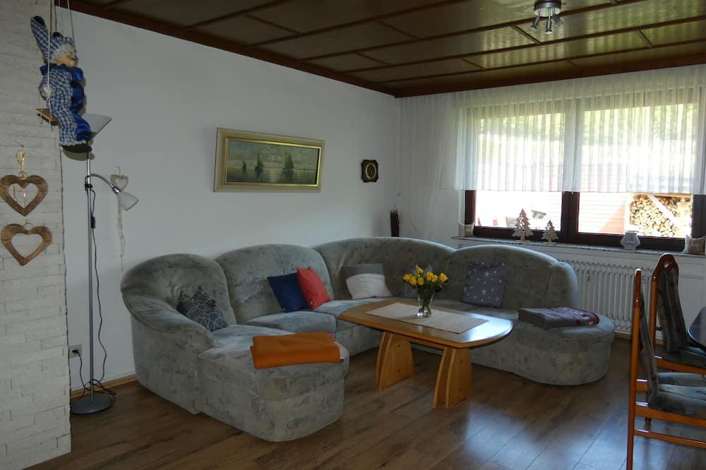 Íbúð (incl. EUR 70 Cleaning fee) - Stofa