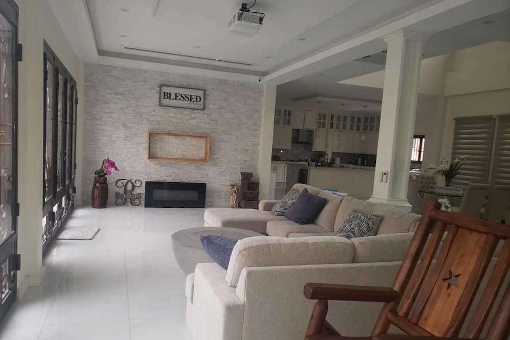Luxury Ev - Oturma Alanı