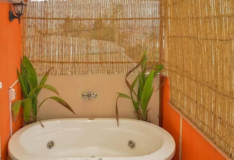 Hotel La casa Di Luna, Antananarivo, Suite, Bañera de hidromasaje privada