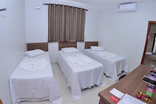 首映酒店/