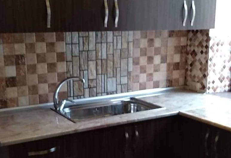 Nordstrom - Hostel, Yerevan, Keuken in kamer
