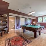 Luxus szoba, 1 king (extra méretű) franciaágy, kilátással a völgyre, kerti - Nappali rész
