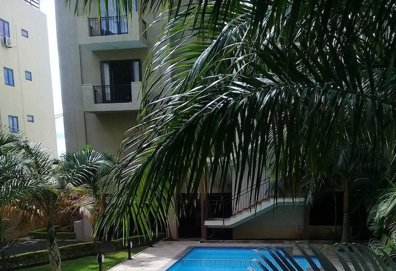 Apartment With 3 Bedrooms in Flic en Flac, With Wonderful sea View, Pool Access, Furnished Terrace - 800 m From the Beach, Flic-en-Flac, Басейн
