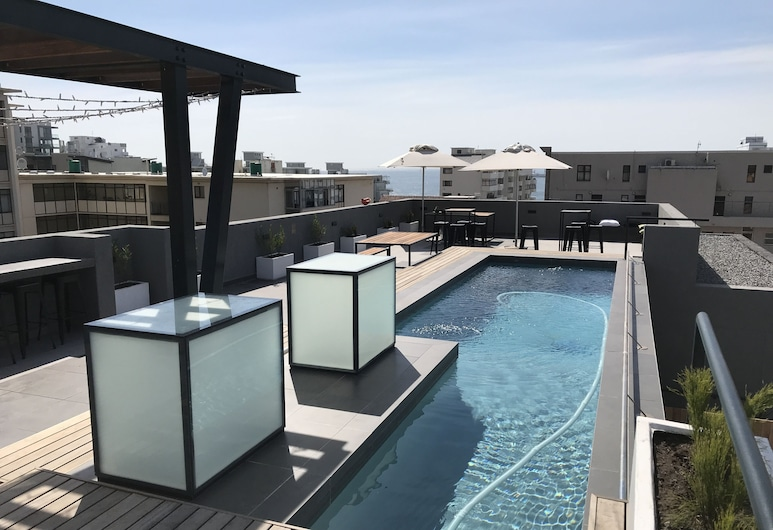 TenonQ C14, Cape Town, Rooftop Pool