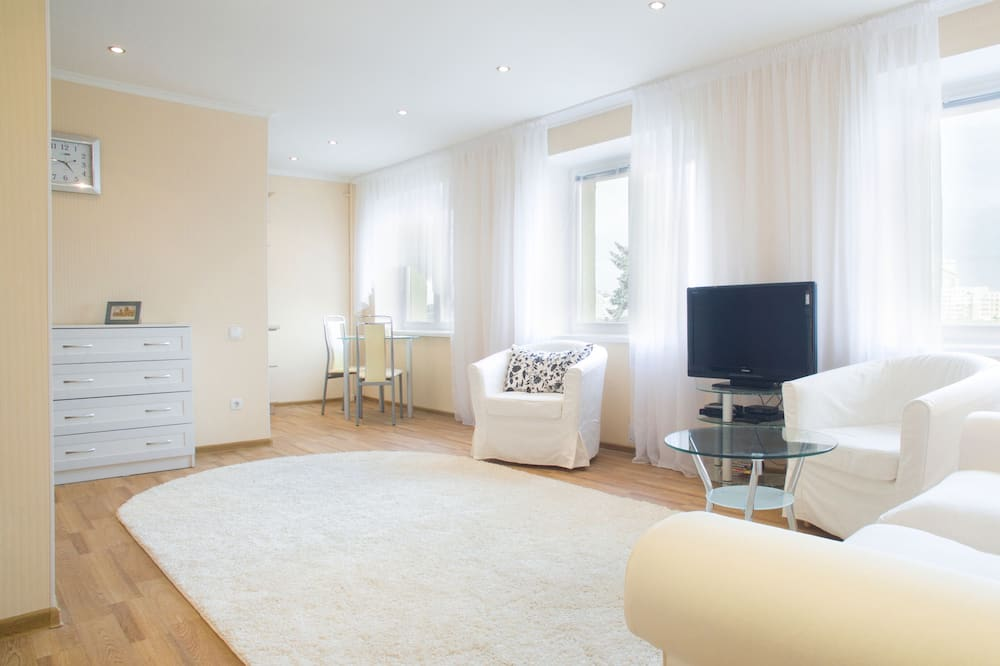 Apartment (Pobediteley prospect 3) - Wohnbereich