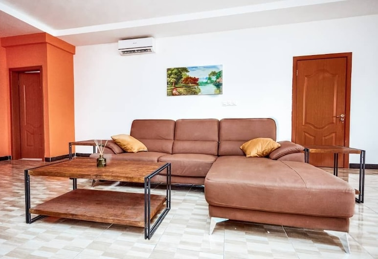Earls' Court Apartments, Accra, Apartment, 3 Bedrooms, Room
