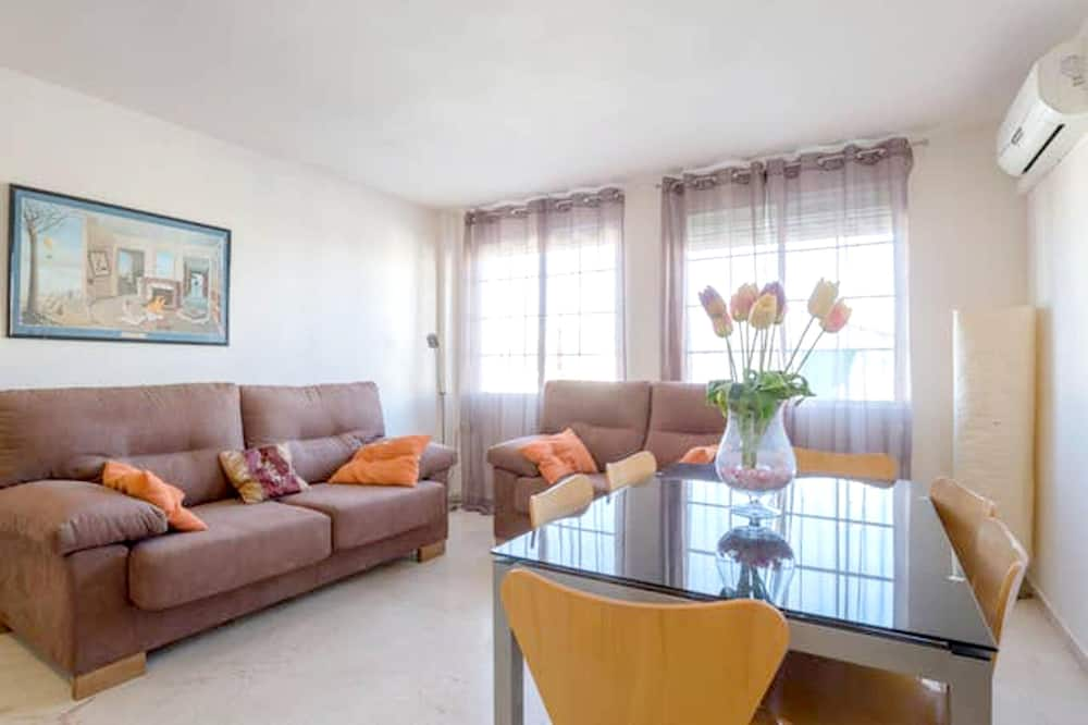 Apartment With 2 Bedrooms in Granada, With Wifi - 80 km From the Beach