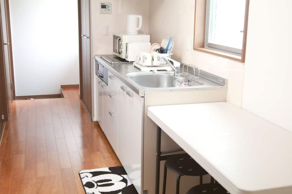 家庭獨棟房屋 - 客廳