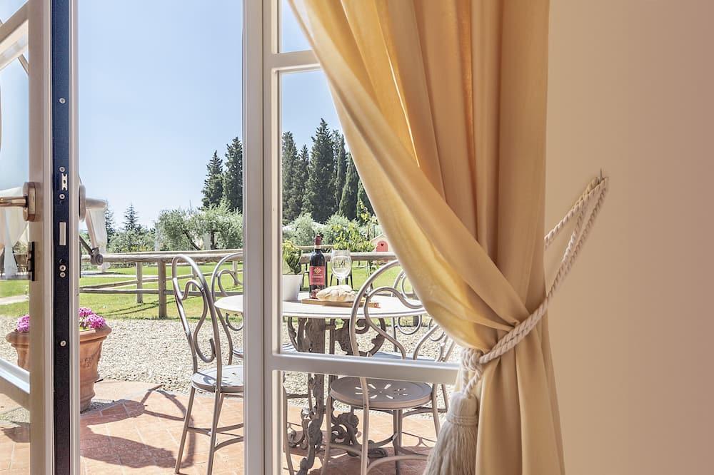 Deluxe apartman, 3 hálószobával, kilátással a borászatra - Terasz/udvar