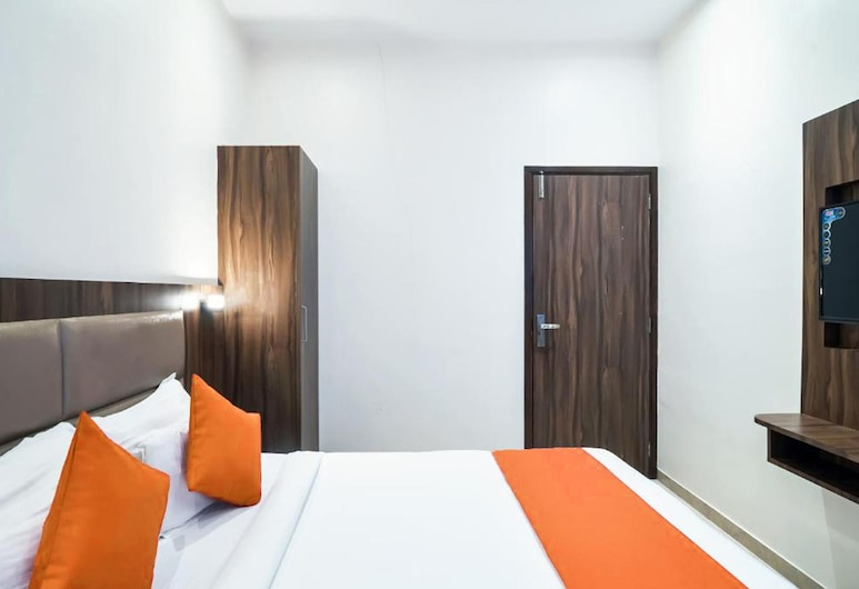 Hotel Sea Grand, Mumbai, Classic Room, Guest Room