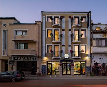 Picture of Labirint Hotel in Bucharest