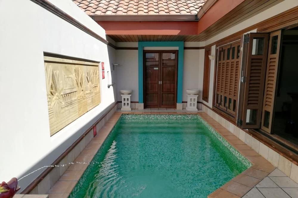 Premium Pool Villa - Private pool