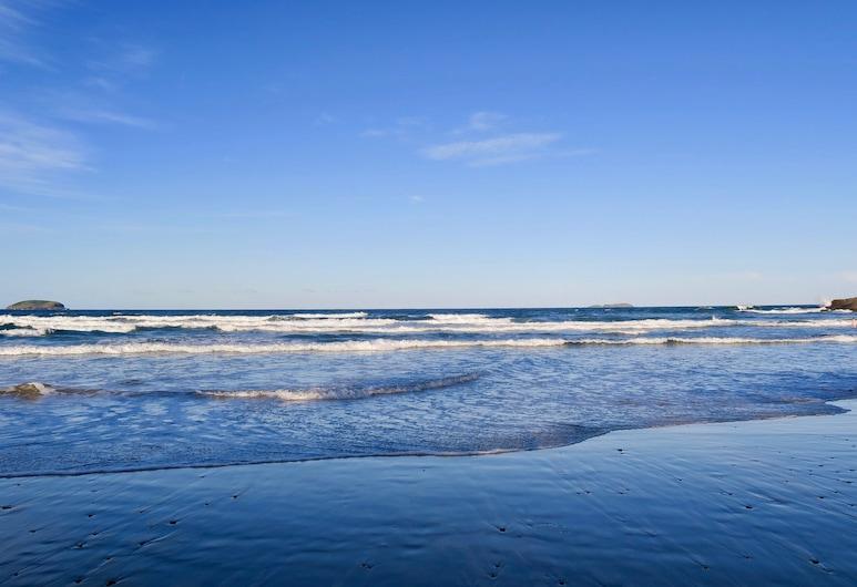 Haven Tropicana, Emerald Beach, Pantai