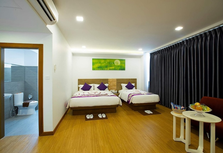Hotel Platinum Square, Yangon, Family Suite, Guest Room