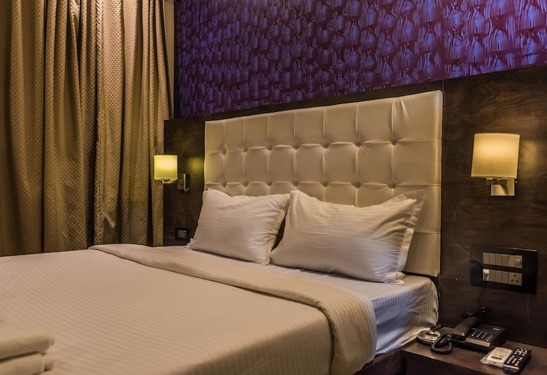 Hotel Atlas Grand, Mumbai, Deluxe Double Room, Guest Room