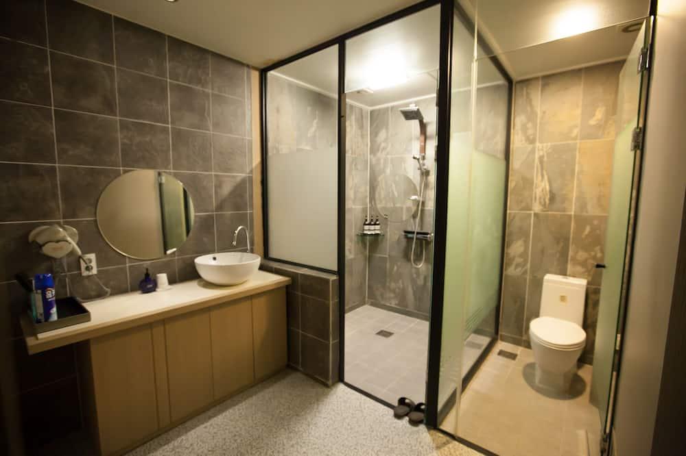 Standard Double Room, 1 Bedroom, Non Smoking, Ocean View - Bilik mandi
