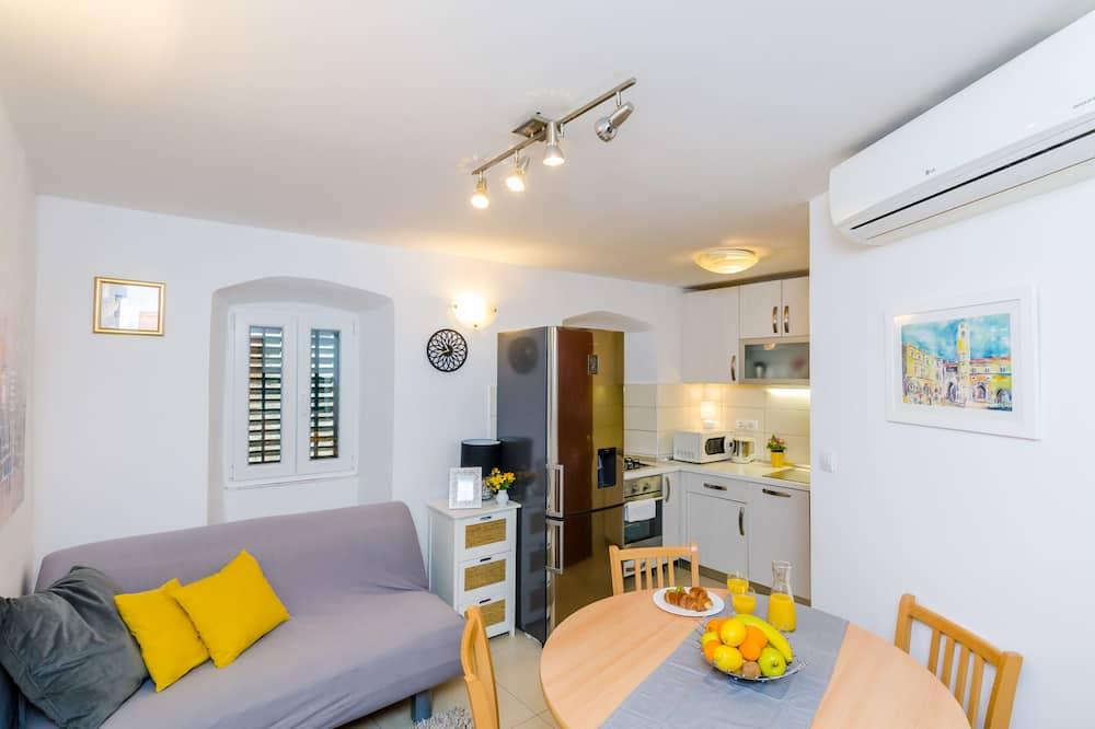 Apartemen, 2 kamar tidur - Ruang Keluarga