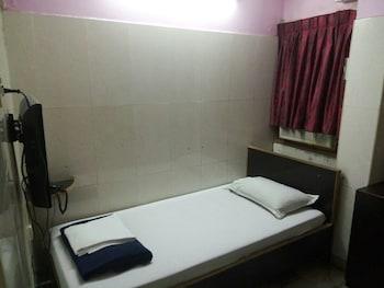 Chennai bölgesindeki Hotel Joyce resmi