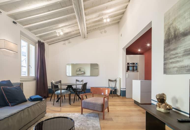 Nerli Prestige, Florence, Apartemen Romantis, 2 kamar tidur, Area Keluarga