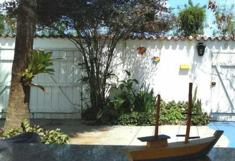 Paraty Hostel, Paraty, Veranda