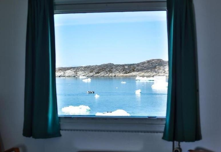 Hotel Hvide Falk, Ilulissat, Habitación doble, balcón, vista al mar, Vista a la playa o el mar